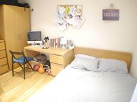 SPLIT LEVEL 4 DOUBLE BEDROOM CANAL SIDE, SEPARATE KITCHEN, SPACIOUS THROUGHOUT, SPLIT LEVEL