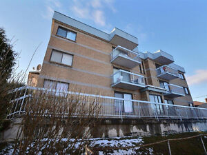 4 1/2 a louer a Chomedey / 4 1/2 to rent in Chomedey