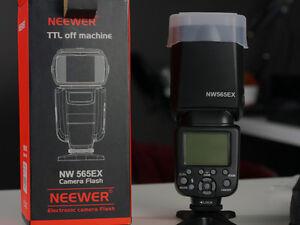 Neewer MW 565EX Camera Flash
