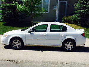 2005 Chevrolet Cobalt LS Sedan- Low on kms with Winter tires !!!