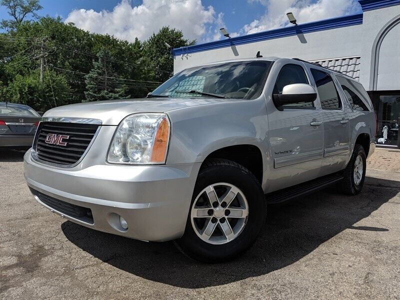 2010 GMC Yukon XL 1500 4WD 91699 Miles Silver SUV 4X4 Tow Package 8 Passenger Re