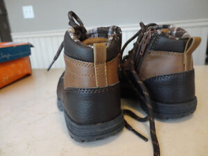 Brand New Boys Size 8 Sonoma Brown Ankle Boots - Never Worn Kitchener / Waterloo Kitchener Area image 3