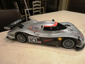 17.5' Long Audi Sport R/C Race Car -Awesome Shape -Lost Remote