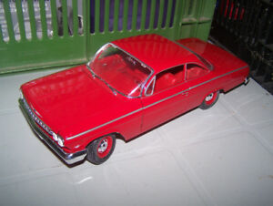 1:18 scale 1962 chevy bel-air  and  1957 ford thunderbird