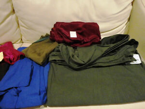 Large Amount Fabric for sale - Quilts, Dresses, Scarves & Crafts Kitchener / Waterloo Kitchener Area image 7
