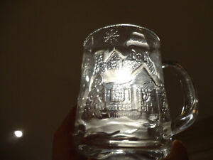 Three Glass Sculpted 3D Collectible Mugs - Batman McDonalds Mugs Kitchener / Waterloo Kitchener Area image 9