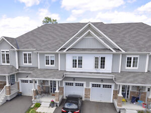 Nearly New Freehold Townhome in Beautiful Binbrook!