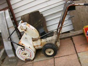$-30-TO-DAY--international  -- SNOWBLOWER--(NEEDs-MOTER**