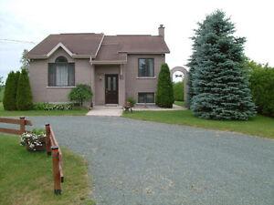 jolie maison en campagne sur grand terrain