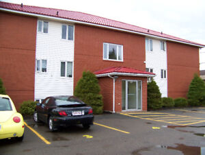 2 BEDROOM NEAR CALL CENTER RIVERVIEW
