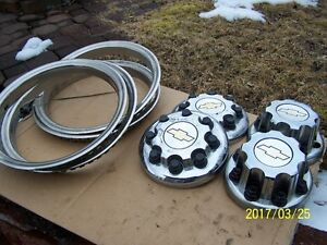 "16"" TRIM RINGS & CENTERS FOR SILVERADO  ( 3500 DUALLY )"
