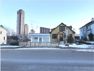 FOR LEASE - TOURIST COMMERCIAL SPACE IN NIAGARA FALLS