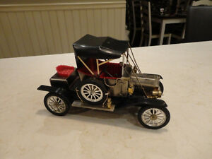 Vintage 1968 Miniature 1912 Ford Model T AM Radio- Waco Japan Kitchener / Waterloo Kitchener Area image 2
