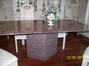 TABLE EN GRANITE - Granite dining table