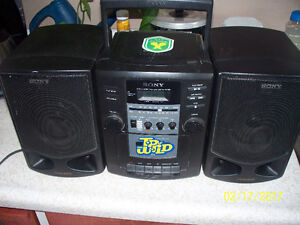 Ghetto blaster stereo with Cd & cassette player