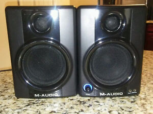 M Audio Av30 Pro Studio Monitor Speakers (New)