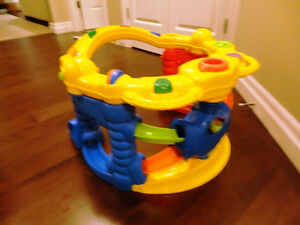 Fisher Price Jolly Jumper Saucer in great Shape Kitchener / Waterloo Kitchener Area image 3