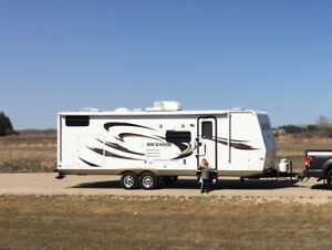 Reduced-2012 Forest River Rockwood ULTRA-LITE 26 foot trailerl