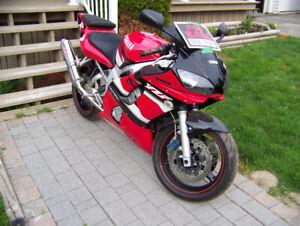 2001 Yamaha R-6
