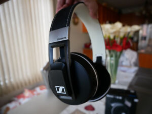 Sennheiser Urbanite XL Wireless - Professional Headphones