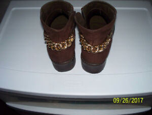 """Ladies """"NEW"""" Leather and Suede Boots"""