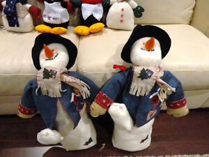 Group of 8 Assorted Size Christmas Snowmen and Penguins Kitchener / Waterloo Kitchener Area image 2