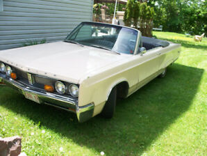 1967 Chrysler Newport Convertible