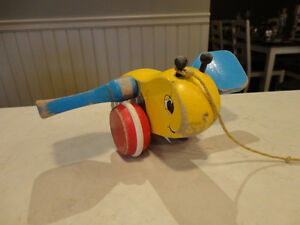 Vintage 1950's Bumble Bee w/ Blue Wings Pull Toy - Works Great Kitchener / Waterloo Kitchener Area image 6