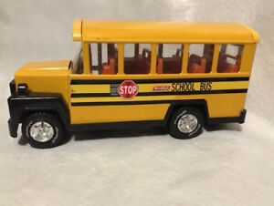 """VINTAGE 2005 BUDDY L 9"""" LONG SCHOOL BUS Toy IMPERIAL TOY CORPORA"""