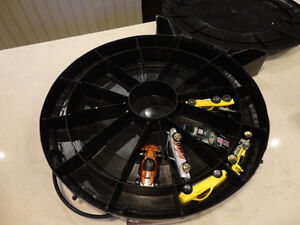 """Vintage Hot Wheels """"The Hot Ones"""" Tire carrying Case w/Some Cars Kitchener / Waterloo Kitchener Area image 5"""