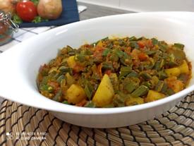 Okra and potatoes