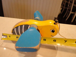 Vintage 1950's Bumble Bee w/ Blue Wings Pull Toy - Works Great Kitchener / Waterloo Kitchener Area image 5