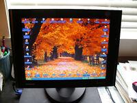 SAMSUNG SyncMaster 15`(151s) LCD Flatscreen Monitor (8ms respons