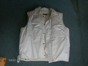 **6$-to-day-MENs---VEST