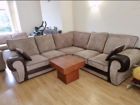 Beautiful corner sofa from ScS in excellent condition.