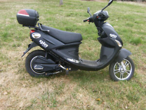 GIO Electric Scooter For Sale