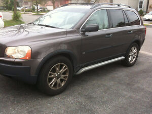 2005 Volvo XC90 SUV AWD - LUXURIOUS ALL INCLUSIVE