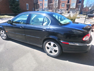 JAGUAR X Type Luxury Sedan