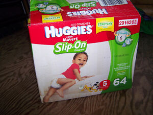 Couches Huggies #5 Slip-on
