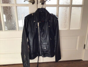 Manteau en cuir noir,  black Leather coat for women