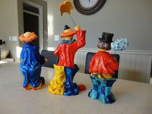 """Selling Three Paper Mache Hand made in Mexico 12"""" Tall Clowns Kitchener / Waterloo Kitchener Area image 3"""