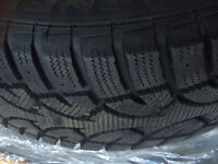 4 Used Winter Tires 215/60R15