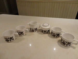 Vintage 6Pc. Set of Johnson Bros. Stoneware Coffee Set -9/10
