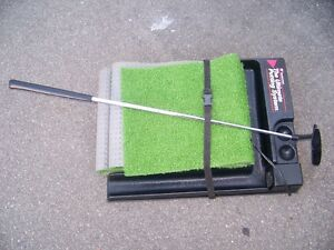 Electric Putting Green & 1 Putter