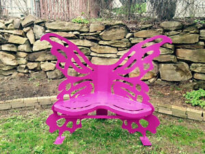 Wing'd bench - Butterfly edition