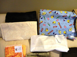 Large Amount Fabric for sale - Quilts, Dresses, Scarves & Crafts Kitchener / Waterloo Kitchener Area image 3