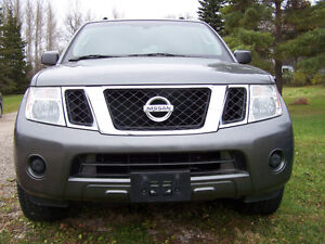 2009 Nissan Pathfinder SUV carproof will be supplied
