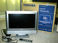 Toshiba 20-inch LCD TV Model 20HL85