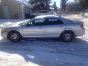 Chrysler Sebring 2004. Runs Great!!!