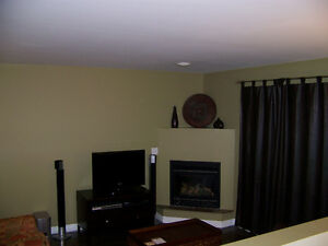 2 bedroom 1 bath executive suite. Windsor Region Ontario image 1